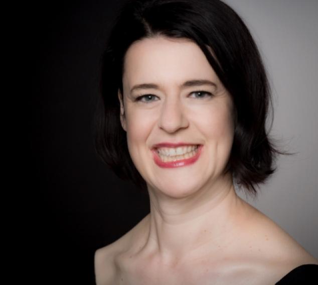 Violist/Composer Melia Watras (Photo: Michelle Smith-Lewis)